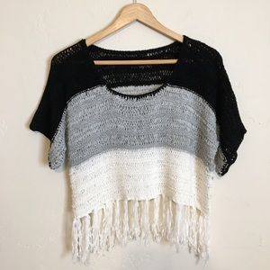 Vintage | Crochet Fringe Half Sleeve Crop Top